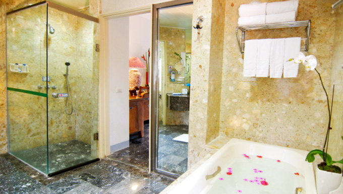 kenting inn Shower room